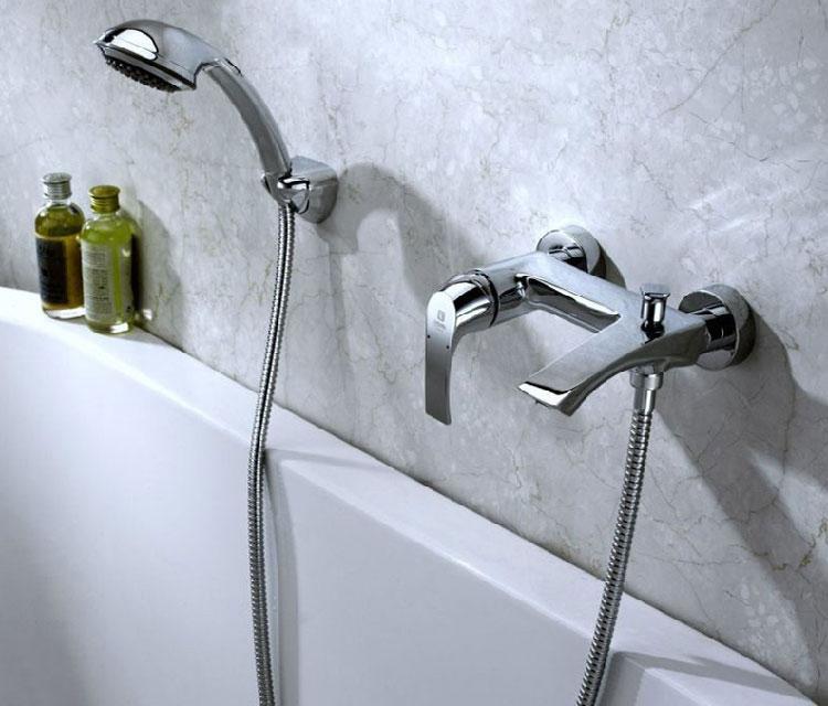 кран для ванной