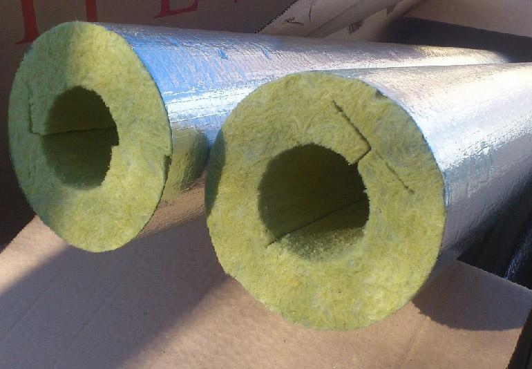 теплоизоляция для труб отопления с фольгой