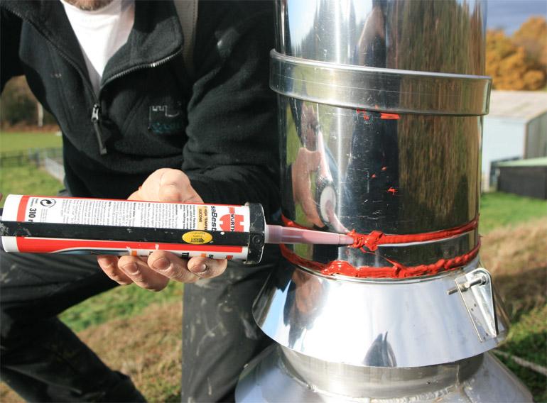 нанесение на стальную трубу